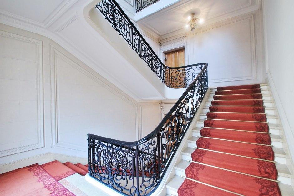 Cage escalier | Green River – ENTREPRISE GENERALE DE BATIMENT ...
